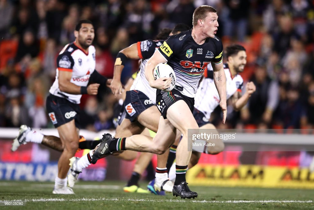 Jack Hetherington of the Panthers makes a break during the round 17 NRL match between the Penrith Panthers and the New Zealand Warriors at Panthers Stadium on July 6, 2018 in Penrith, Australia.