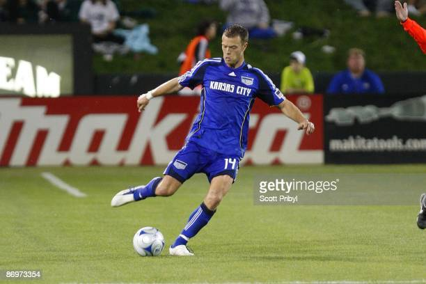 Jack Jewsbury of the Kansas City Wizards crosses the ball against DC United during the game at Community America Ballpark on May 6 2009 in Kansas...