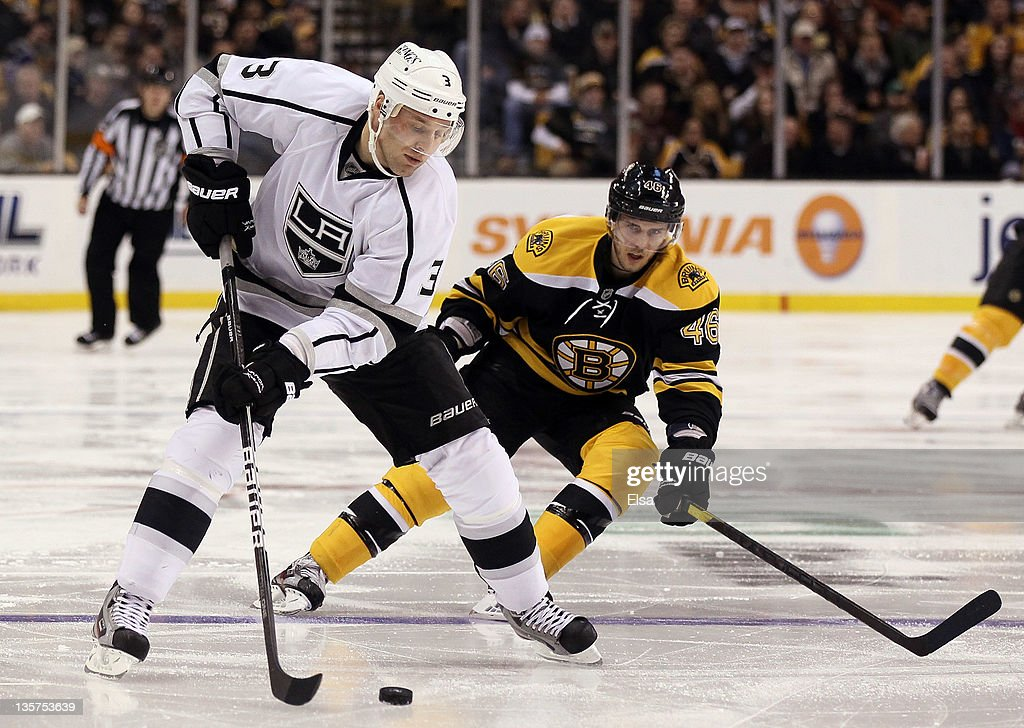 Los Angeles Kings v Boston Bruins : News Photo