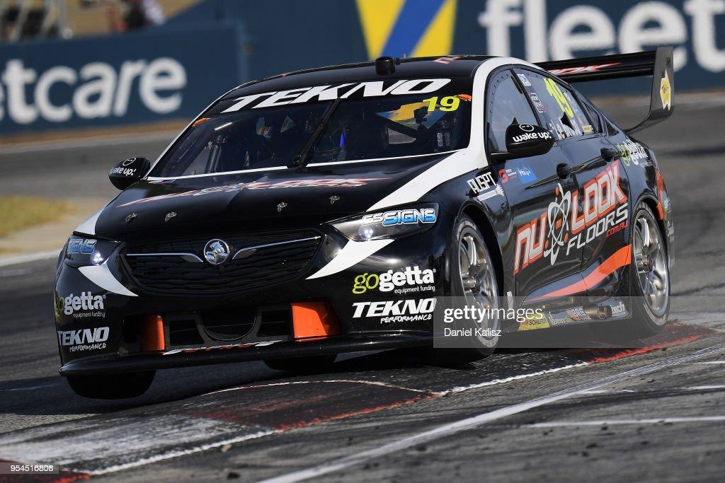 Jack Le Brocq drives the Tekno Autosports Holden Commodore