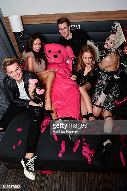 Jack Maynard, Guest, Oli White, Taryn Southern and guest attend the Moxy Berlin Hotel Opening Party on October 20, 2016 in Berlin, Germany.