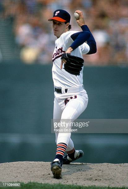 Jack McDowell of the Chicago White Sox pitches during an Major League Baseball game circa 1988 at Comiskey Park in Chicago Illinois McDowell played...