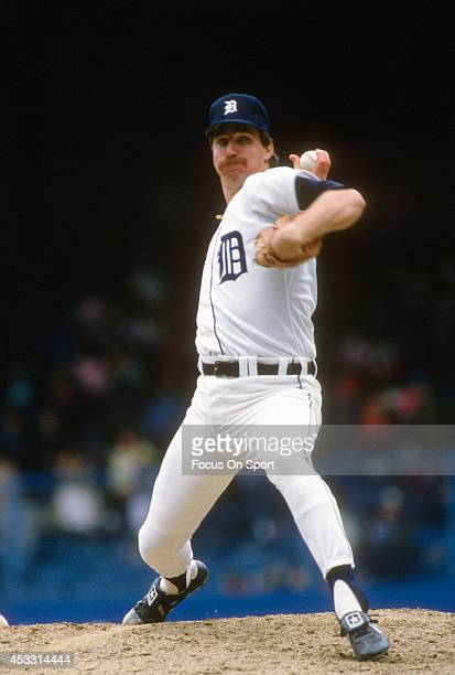 Jack Morris of the Detroit Tigers pitches against the Toronto Blue Jays during an Major League Baseball game circa 1989 at Tiger Stadium in Detroit...