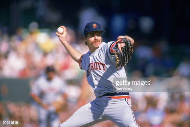 Jack Morris of the Detroit Tigers pitches during an MLB game at Comiskey Park in Chicago Illinois Jack Morris played for the Detroit Tigers from...