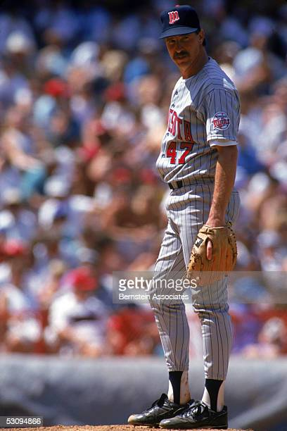 Jack Morris of the Minnesota Twins looks on from the mound during a July 1991 season game Jack Morris played Twins in 1991