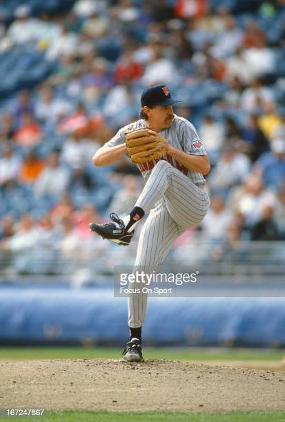 Jack Morris of the Minnesota Twins pitches against the Chicago White Sox during an Major League Baseball game circa 1991 at Comiskey Park in Chicago...