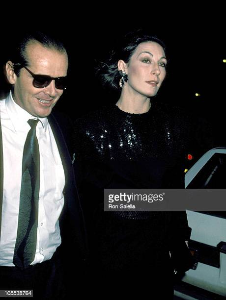 Jack Nicholson and Anjelica Huston during Premiere of 'Terms of Endearment' January 20 1983 at Coronet Theater in New York City New York United States