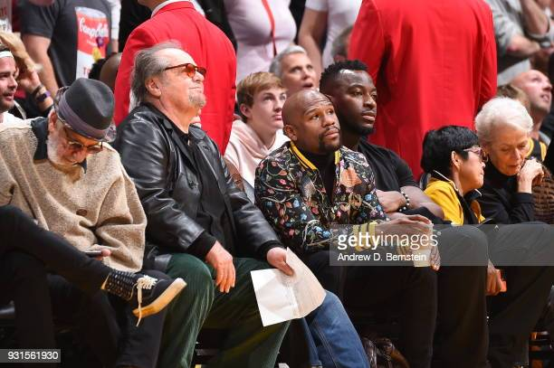 Jack Nicholson and Floyd Mayweather talk during the game between the Cleveland Cavaliers and Los Angeles Lakers on March 11 2018 at STAPLES Center in...