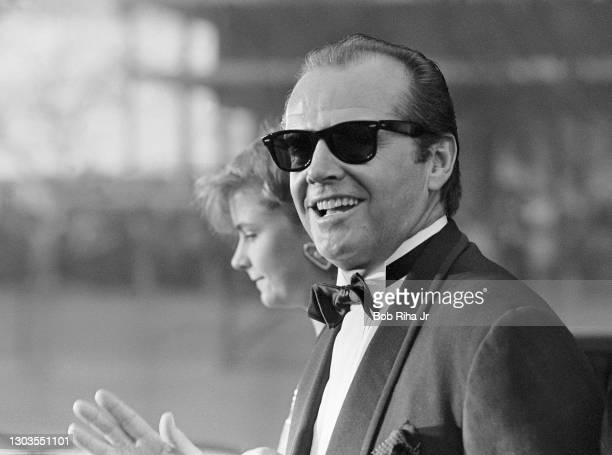 Jack Nicholson arrives at the 56th Annual Academy Awards Show, April 9, 1984 in Los Angeles, California.