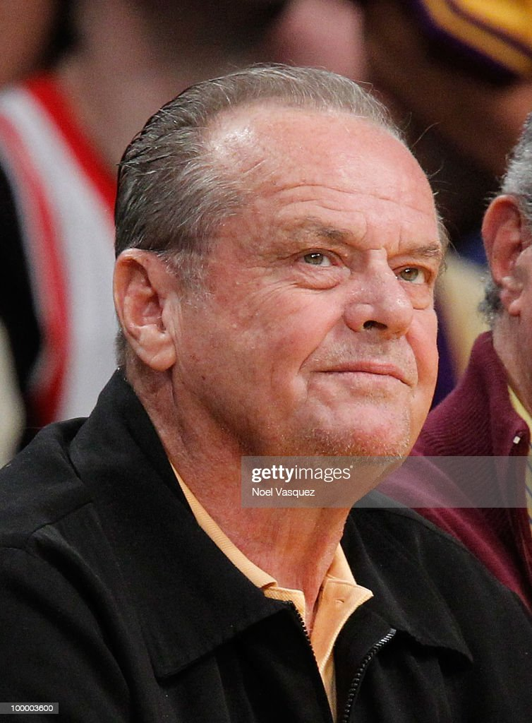 Jack Nicholson attends Game Two of the Western Conference Finals between the Phoenix Suns and the Los Angeles Lakers during the 2010 NBA Playoffs at Staples Center on May 19, 2010 in Los Angeles, California.