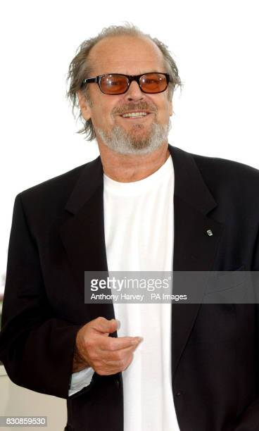 Jack Nicholson poses for photographers at the photocall for 'About Schmidt' at the Palais des Festival terrace during the 55th Cannes film Festival *...