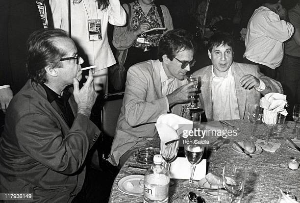 Jack Nicholson Warren Beatty and Paul Simon during Mike Tyson vs Michael Spinks Fight at Trump Plaza June 27 1988 at Trump Plaza in Atlantic City New...