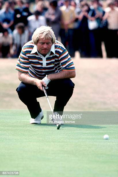Jack Nicklaus lines up a putt