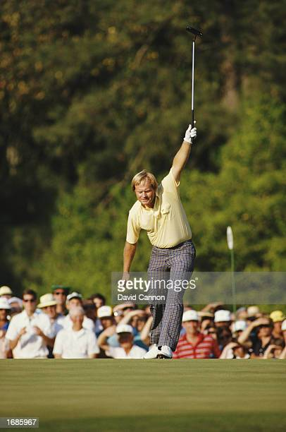 Jack Nicklaus celebrates his birdie on the 17th hole during the US Masters Augusta National United States of America 1986
