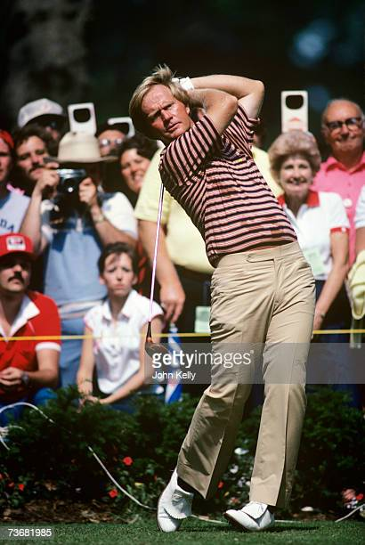Jack Nicklaus tees off during the 1980 US Open on June 21, 1980 at the Baltusrol Golf Club in Springfield, New Jersey.