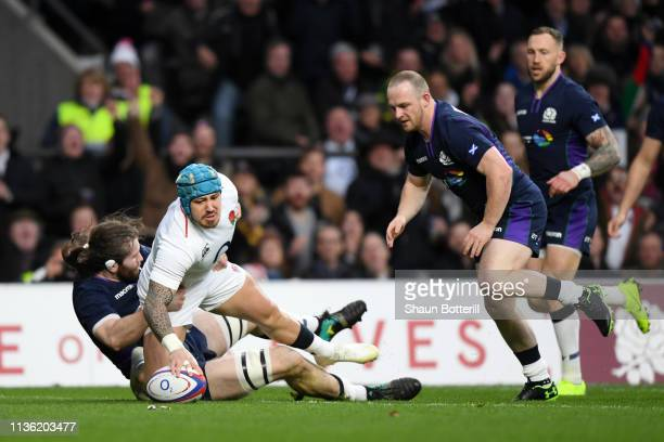 Jack Nowell of England touches down for his sides first try during the Guinness Six Nations match between England and Scotland at Twickenham Stadium...