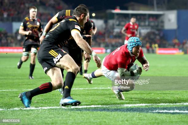 Jack Nowell of the Lions scores a try during the match between the Chiefs and the British Irish Lions at Waikato Stadium on June 20 2017 in Hamilton...
