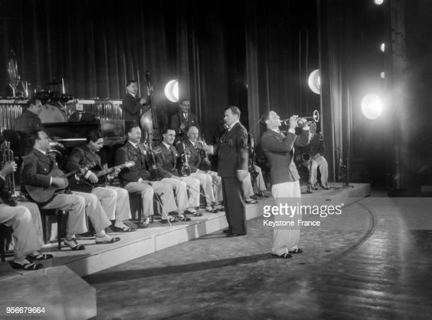 Jack Payne et son orchestre de jazz en 1935