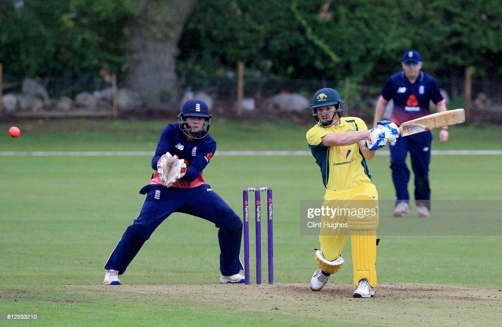 England v Australia - ODI: INAS Tri-Series : News Photo