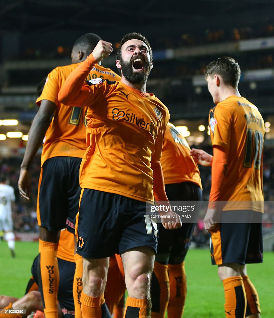 Jack Price of Wolverhampton Wanderers celebrates after George Saville of Wolverhampton Wanderers scores a goal to make it 1-1 during the Sky Bet Championship match between MK Dons and Wolverhampton Wanderers at Stadium mk on April 5, 2016 in Milton Keynes, United Kingdom.