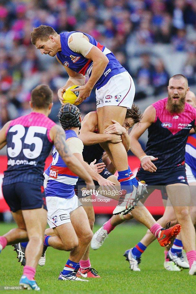 AFL Rd 8 - Melbourne v Western Bulldogs