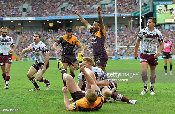 Jack Reed and Ben Barba of the Broncos claim a try during the round 12 NRL match between the Brisbane Broncos and the ManlyWarringah Sea Eagles at...
