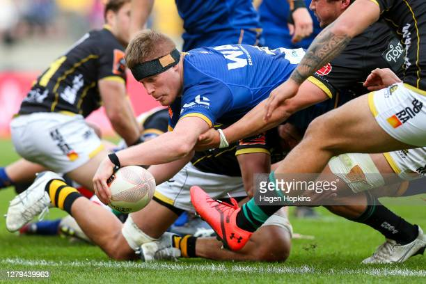 Jack Regan of Otago scores a try during the round 5 Mitre 10 Cup match between Wellington and Otago at Sky Stadium on October 10, 2020 in Wellington,...