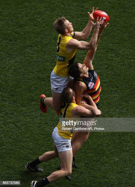 Jack Riewoldt of the Tigers leaps for a mark during the 2017 AFL Grand Final match between the Adelaide Crows and the Richmond Tigers at Melbourne...