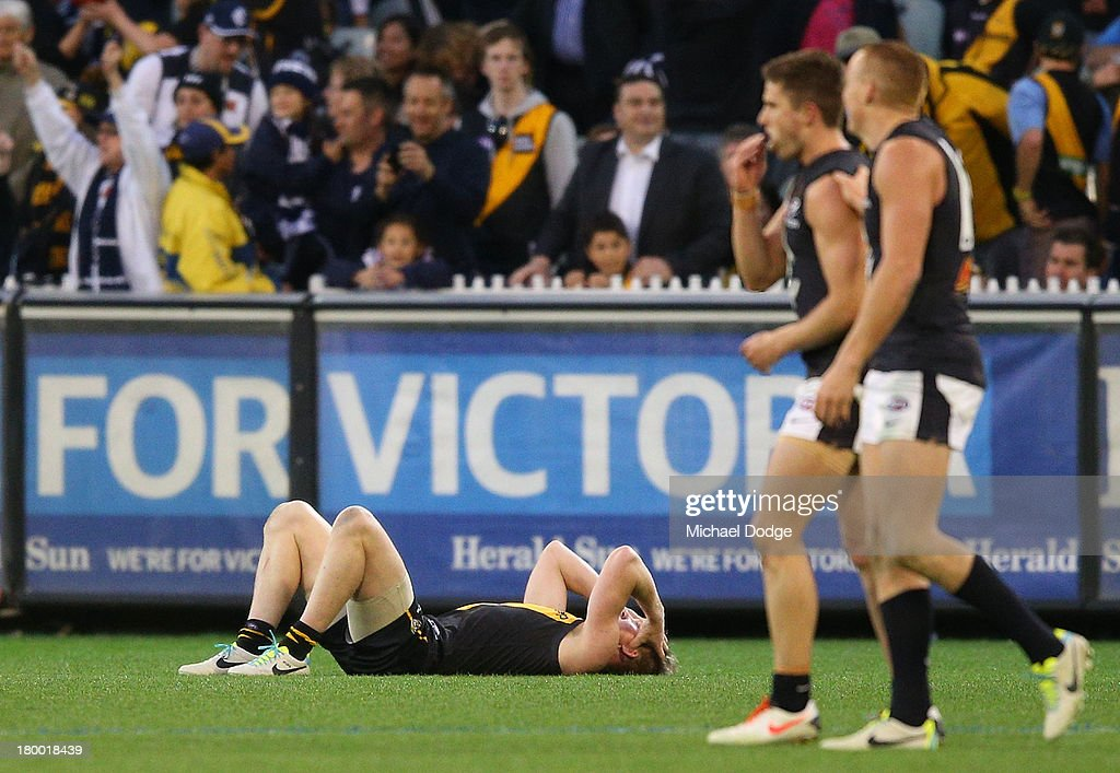 Jack Riewoldt of the Tigers reacts on the final siren after losing during the First Elimination Final AFL match between the Richmond Tigers and the Carlton Blues at Melbourne Cricket Ground on September 8, 2013 in Melbourne, Australia.