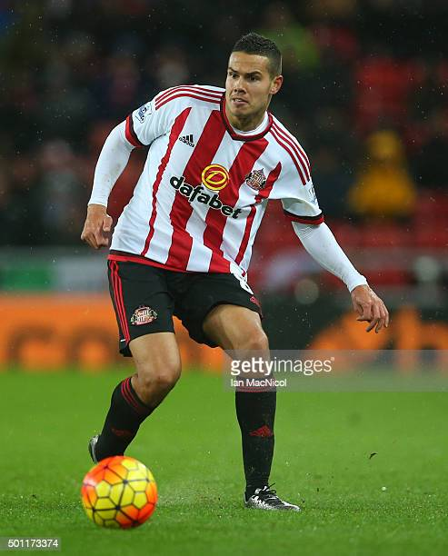 Jack Rodwell of Sunderland controls the ball during the Barclays Premier League match between Sunderland and Watford at The Stadium of Light on...