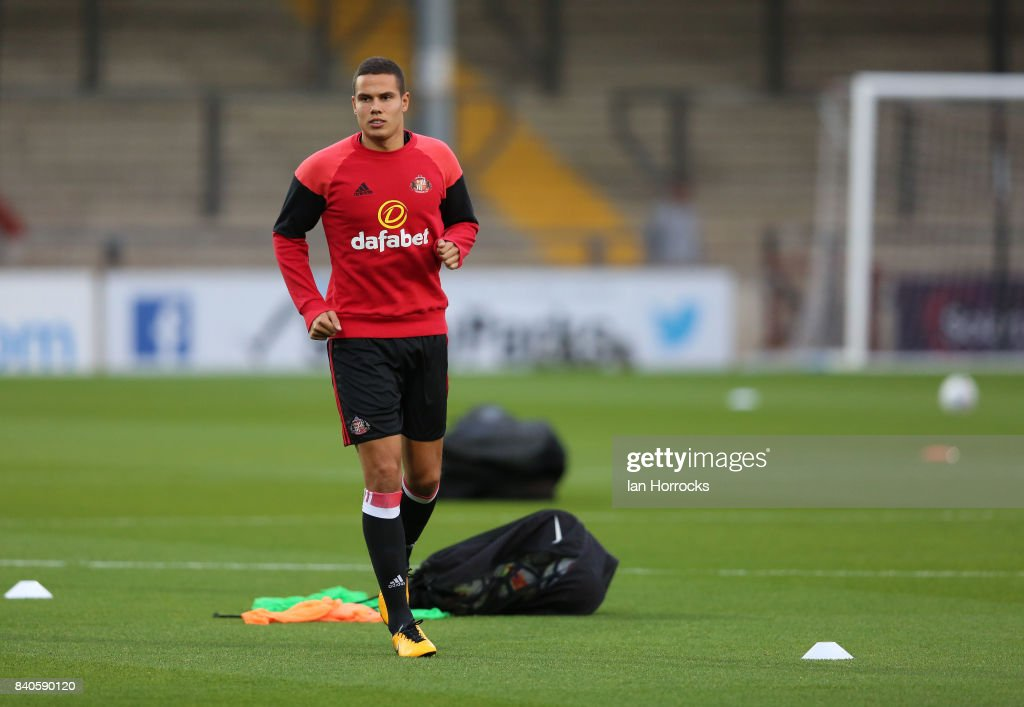 Jack Rodwell of Sunderland warming up before the Checkertrade Trophy group stage match at Glanford Park on August 29, 2017 in Scunthorpe, England.