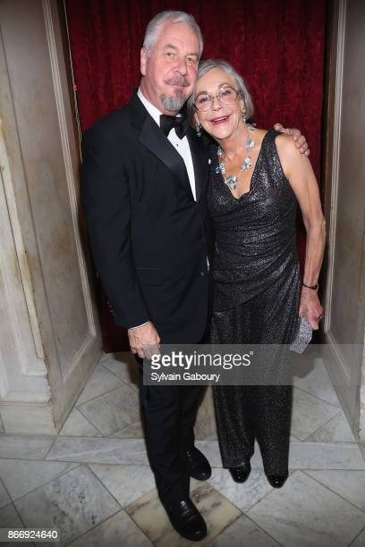 Jack Shear and Alice Walton attend the American Federation of Arts 2017 Gala and Cultural Leadership Awards at The Metropolitan Club on October 26...