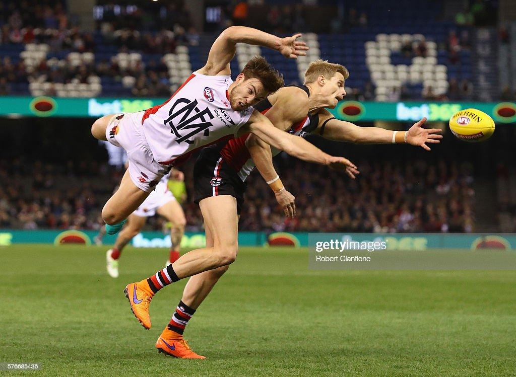 AFL Rd 17 - St Kilda v Melbourne : News Photo