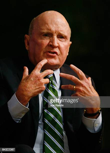 Jack Welch President Jack Welch LLC speaks during the Global Business Forum on the University of Miami campus January 16 2009 in Miami Florida The...
