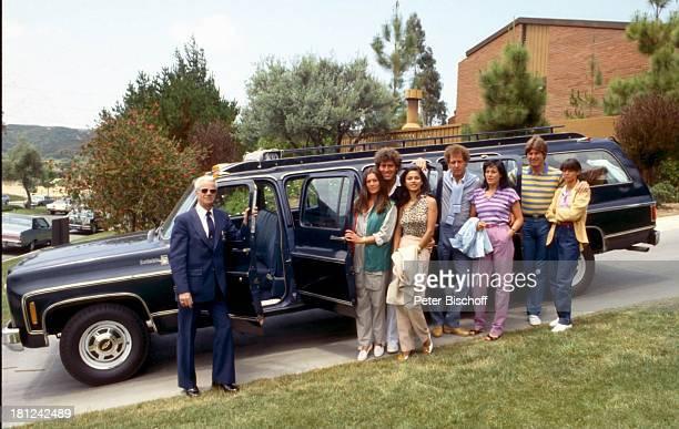 Jack White Lebensgefährtin MarieLouise Gassen Namen auf Wunsch Las Vegas Nevada USA Amerika Kleinbus Auto Gäste stehend Freund Urlaub Schauspielerin...