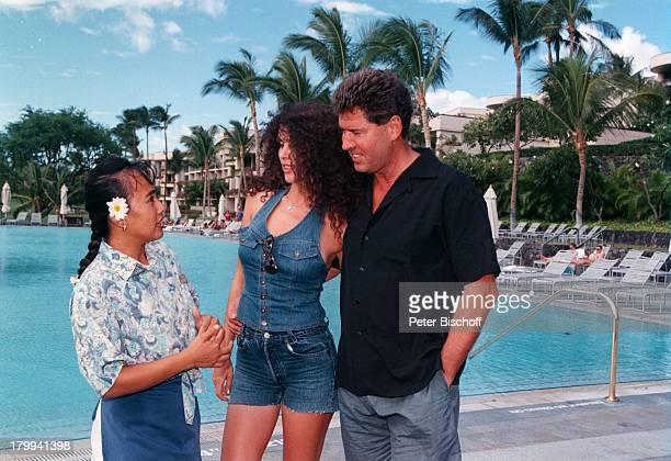 Jack White mit Ehefrau JanineHotelangestellte BigIsland/Hawaii/Amerika/USA Urlaub Ausflugzum Nachbar Hotel Hapuna Beach PrinceHotel
