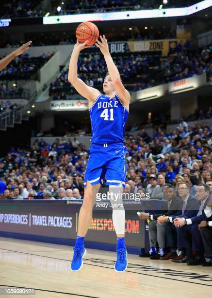 Jack White of the Duke Blue Devils shoots the ball against the kentucky Wildcats during the State Farm Champions Classic at Bankers Life Fieldhouse...