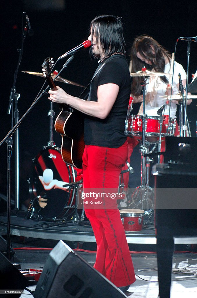 Kroq Almost Acoustic Christmas.Jack White Of The White Stripes During Kroq Almost Acoustic