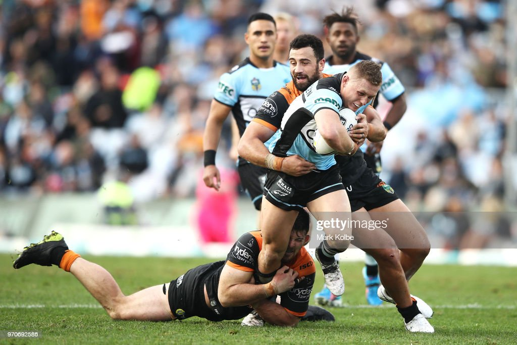 NRL Rd 14 - Sharks v Tigers : News Photo