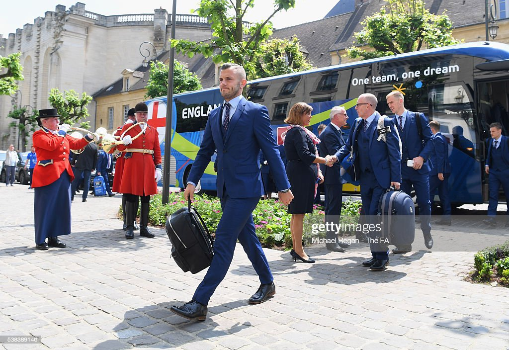 The England Team Arrive in Paris for UEFA Euro 2016 : News Photo