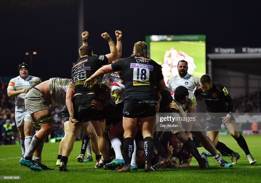 Jack Yeandle of Exeter Chiefs (bottom right) scores his side's fourth try during the Aviva Premiership match between Exeter Chiefs and Leicester Tigers at Sandy Park on December 31, 2017 in Exeter, England.