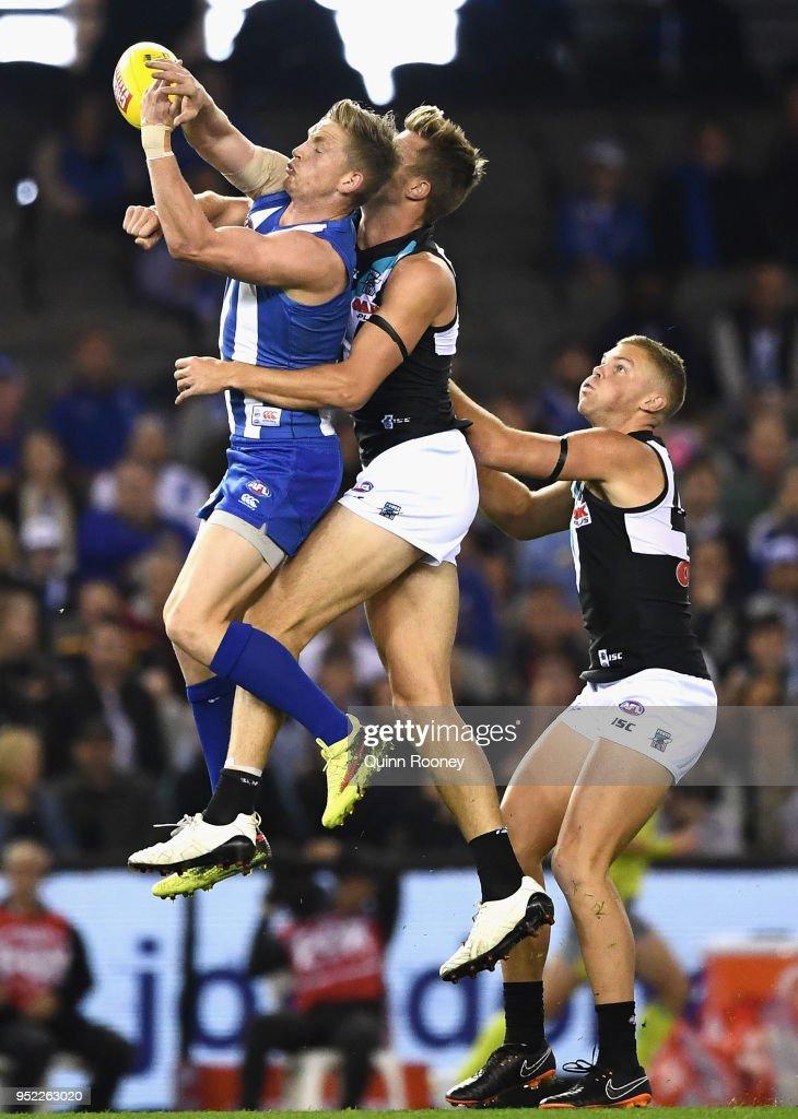 AFL Rd 6 - North Melbourne v Port Adelaide : News Photo