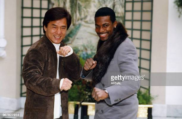 Jackie Chan et Chris Tucker lors de la promotion du film 'Rush Hour' à Paris le 24 novembre 1998 France