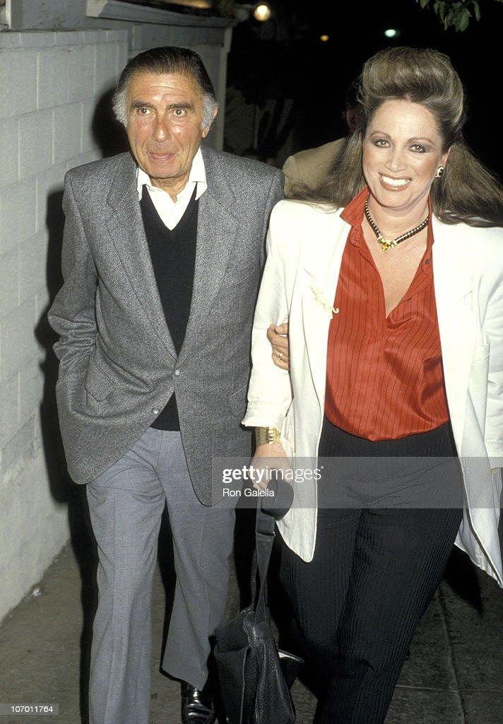 Jackie Collins at Spago in Hollywood - January 23, 1986 : Fotografía de noticias