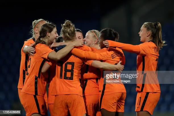Jackie Groenen of Holland Women celebrates 0-2 with Aniek Nouwen of Holland Women, Sisca Folkertsma of Holland Women, Sherida Spitse of Holland...