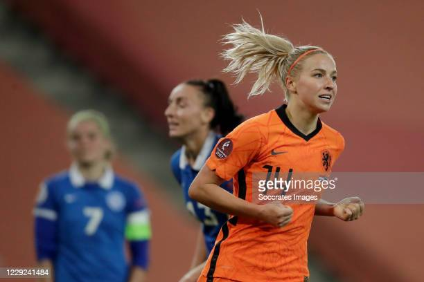 Jackie Groenen of Holland Women Celebrates 5-0 during the EURO Qualifier Women match between Holland v Estonia at the Hitachi Capital Mobility...