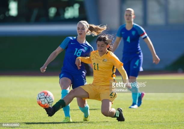 Jackie Groenen of The Netherlands and Alex Chidiac of Australia during the Group C 2017 Algarve Cup match between Australia Women and Netherlands...