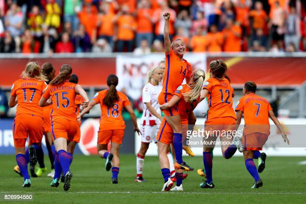 Jackie Groenen of the Netherlands celebrates at the final whistle during the Final of the UEFA Women's Euro 2017 between Netherlands v Denmark at FC...