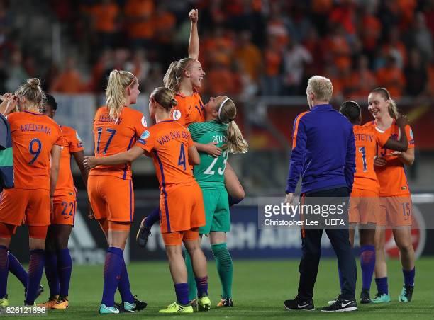 Jackie Groenen of The Netherlands celebrates following the UEFA Women's Euro 2017 Semi Final match between Netherlands and England at De Grolsch...