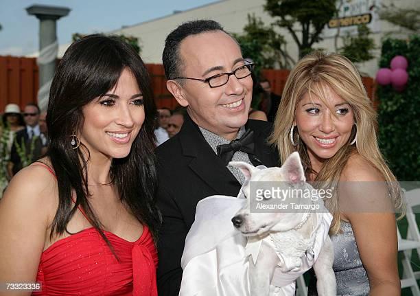 Jackie Guerrido Fernando Arau Roxana Garcia appear at the dog wedding of Cosita and Pucci on Univision's Despierta America on February 14 2007 in...